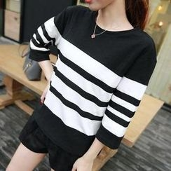 Sisi Fashion - 3/4-Sleeve Striped T-Shirt