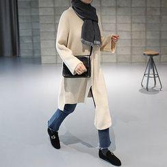 STYLEBYYAM - Asymmetric-Hem Long Knit Top