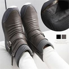 Reneve - Knit-Panel Buckled Short Snow Boots