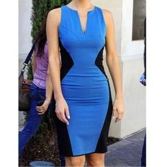 LIVA GIRL - Sleeveless V-Neck Color Block Sheath Dress