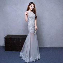 ZAKSKI - Embellished Sleeveless Mermaid Evening Gown