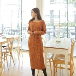 Cherryville - Midi Cable-Knit Dress