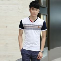 VILUNI - V-neck Panel Short-Sleeve T-shirt
