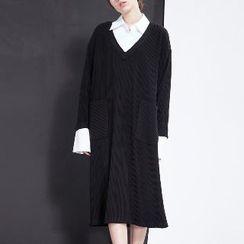 Halona - V-Neck Midi Dress