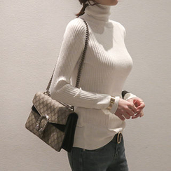 NANING9 - Turtle-Neck Ribbed Top