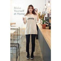 CHERRYKOKO - Short-Sleeve Lettering T-Shirt