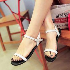 ZIMA - Patent Sandals