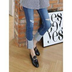 LOLOten - Cuff-Hem Distressed Slim-Fit Jeans
