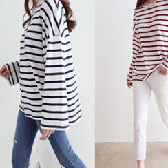 DAILY LOOK - Round-Neck Striped T-Shirt