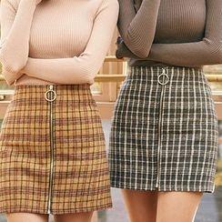 chuu - Zip-Up Mini Plaid Skirt