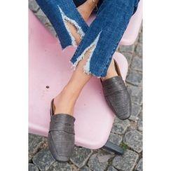 migunstyle - Croc-Grain Slid Sandals