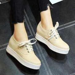 Tomma - Platform Loafers