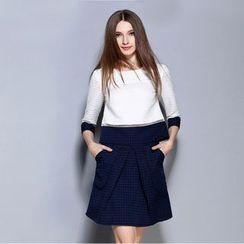 Cherry Dress - Set: Elbow-Sleeve Color Block Top +A-Line Skirt