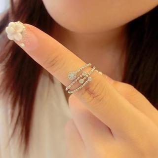 Gossip Girl - Rhinestone Floral Ring