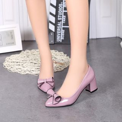 IYATO - Bow-Accent Chunky Heel Pumps