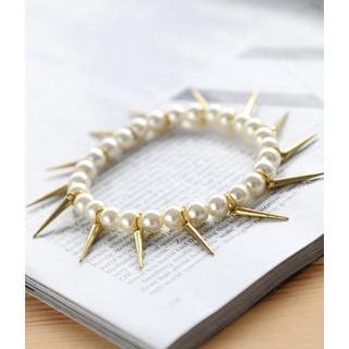 Petit et Belle - Steampunk Faux Pearl Bracelet