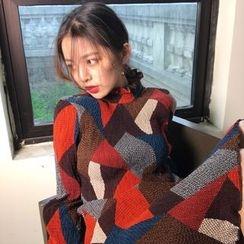 QZ Lady - Long-Sleeve Color Block Chiffon Dress