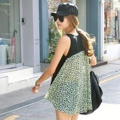 REDOPIN - Leopard Print Back Sleeveless Top