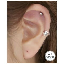 Miss21 Korea - Snowflake Silver Stud Earring (Single)