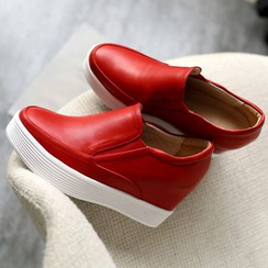 JY Shoes - Hidden Wedge Platform Slip-Ons