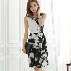 Dowisi - Sleeveless Print Sheath Dress