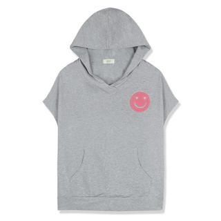 MO-BO - Smile-Patch Short-Sleeve Hooded Pullover