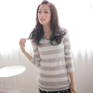 Kiwi Shop - Off-Shoulder Striped Sweater