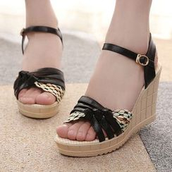 Max Dash - Strap Wedge Sandals