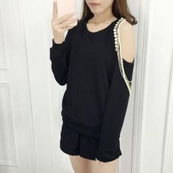 Dream Girl - Chain Accent Cold Shoulder Pullover