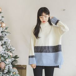 JUSTONE - Drop-Shoulder Color-Block Knit Top