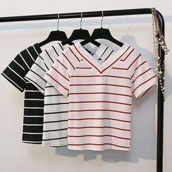 KANAMI - Short-Sleeve Striped V-Neck T-Shirt