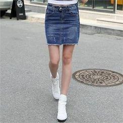 CHICFOX - Fringed-Hem Denim Mini Skirt