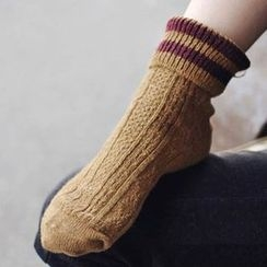 NECTARY - Stripe Trim Socks