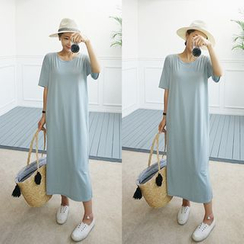 STYLEBYYAM - Midi T-Shirt Dress