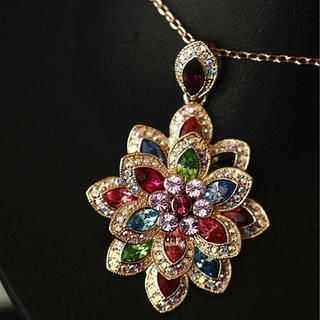 Gossip Girl - Jeweled Flower Necklace