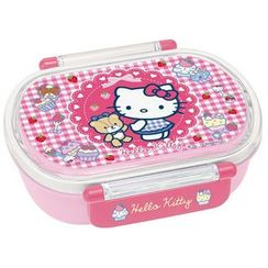 Skater - Hello Kitty Oval Lunch Box