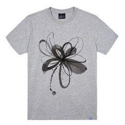 the shirts - Flower Print T-Shirt