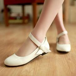 幸福鞋坊 - 扣帶平跟鞋
