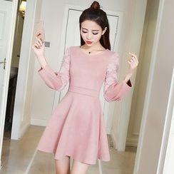 Ashlee - Long-Sleeve A-Line Dress