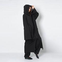 FASHION DIVA - Wide-Sleeve Cotton Maxi Hoodie