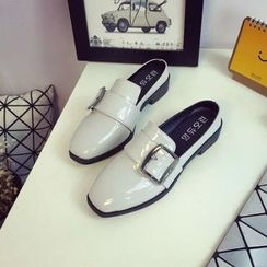 Chryse - Strapped Flats