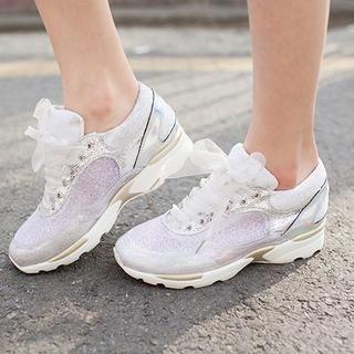 chuu - Contrast-Trim Sneakers