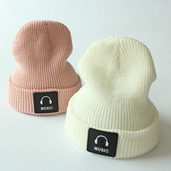 EVEN - Applique Knit Beanie