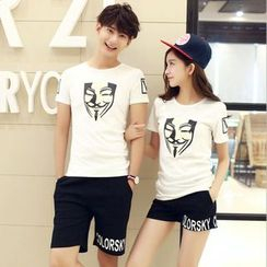 Lovebirds - Short-Sleeve Printed Couple T-Shirt / Shorts