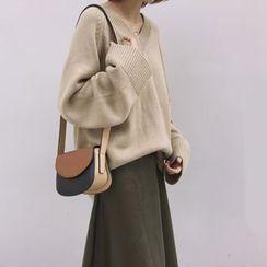 Bloombloom - Plain V-Neck Sweater