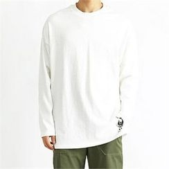 THE COVER - Colored Long-Sleeve T-Shirt