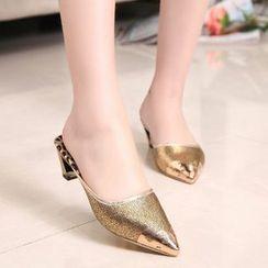 Yoflap - Metallic Pointy Heel Sandals