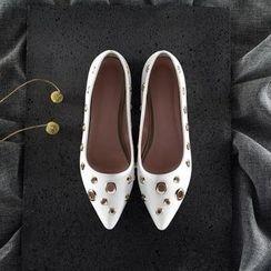 幸福鞋坊 - 飾金屬平跟鞋
