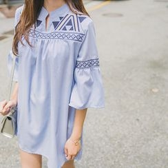 Envy Look - Bell-Sleeve Embroidered Tunic Dress