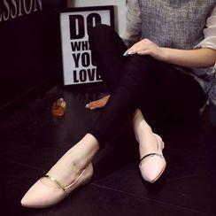 HOONA - 尖頭拼接平底鞋